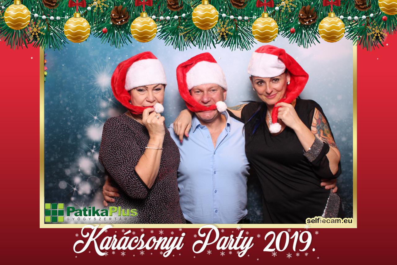 selfiecam-2019-12-04-TB-Patika Profi Kft (202)